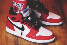 "finest selection 587aa 73311 Air Jordan 1 Retro High OG ""Chicago Crystal"" Color  Gym Red White"