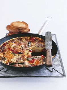 roast vegetable frittata, substitute egg whites for the eggs, skim milk for the cream and opt for the parmesan Egg Recipes, Light Recipes, Cooking Recipes, Cooking Time, Dessert Recipes, Savoury Slice, Donna Hay Recipes, Vegetable Dishes, Roast Vegetable Frittata