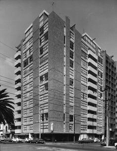 Edificio Newton 1956  Col. Polanco. México D.F.  Arq. Manuel Rosen