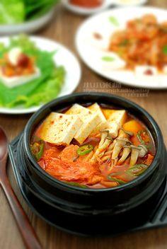 韓國泡菜豆腐鍋 김치찌개   小小米桶