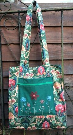 Vintage Style Bag - Pattern 4143 with Hand Embroidery - Sew, What's New?