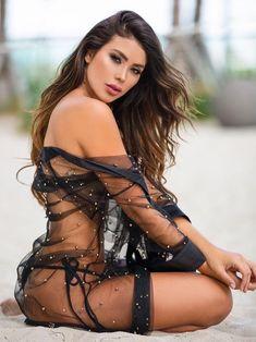 The most beautiful Latina women you've ever seen. Lingerie Models, Sexy Lingerie, Hot Girls, Girls Fit, Beautiful Latina, Beautiful Beach, Beautiful Models, Latin Women, Brunettes
