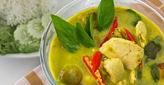 While the complex spices and fresh flavors of Thai cuisine can be intimidating for home cooks, our friend Eden Hensley has a simple and delicious way to get a taste of Thai green curry without calling for delivery.