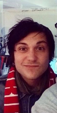 I will pay Frank Iero to stab me in the heart