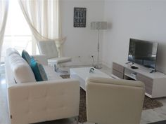 Hibernian towers 307 - A luxury self-catering holiday apartment set in the well-known Hibernian Towers building right on the beachfront in Strand, which is close to Somerset West.Hibernian towers 307 offers an open-plan studio .