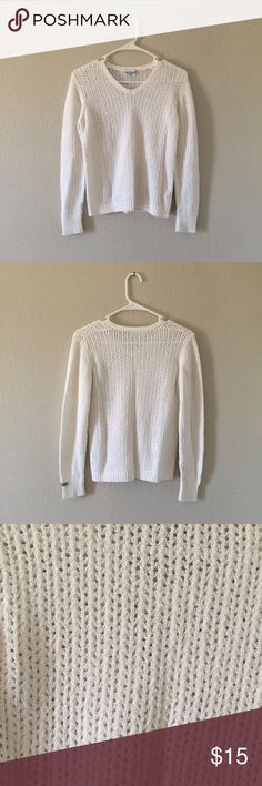Columbia Knitted Blouse White long sleeve knitted Blouse perfect for every occasion! nothing wrong with it Columbia Tops Blouses