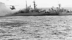 Sea King inglés en auxilio de la HMS Sheffield