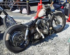 worn-in shovelhead swingarm custom w/  white & red peanut tank