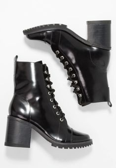 Genuine leather gloss black boot by Sol Sana Round ToeBlock heelLacesHook lacing Bb Style, Dr. Martens, Black Boots, Combat Boots, Leather, Shopping, Fashion, Moda, Fashion Styles