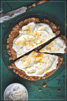 Orangen Quarktarte Dessert, Camembert Cheese, Cheesecake, Dairy, Food, Pie, Cup Of Coffee, Cherries, Simple