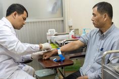 China: MSF challenges Gilead's patent application for hepatitis C treatment Challenges