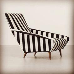 Gio Ponti Lounge Chair 1963 #gioponti #loungechair #stripedchair #midcenturyfurniture #midcenturymodern #italianfurniture
