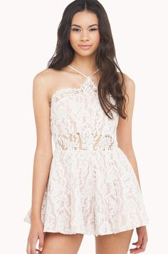Lace Rompers For Stunning Looks