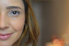 Maquiagem Natural com efeito Bronze: para chegar nesse efeito precisamos destacar três regiões do rosto. Fiz um post/vídeo mostrando quais são essas regiões e como faço uma maquiagem natural com efeito bronze.