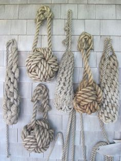 Forget What You Know About Nautical Decor: The Complete Guide to Coastal Design - - Nautical decor isn't what you've seen at tacky beach houses and seafood restaurants. Here's all you need to know about real nautical-inspired design. Nautical Rope, Nautical Design, Nautical Interior, Nautical Style, Beach Design, Coastal Style, Coastal Decor, Coastal Cottage, Coastal Living
