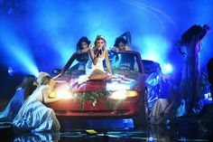 """""""Selena Gomez performing at the 2017 American Music Awards in Los Angeles, CA """" Marie Gomez, American Music Awards, Selena Gomez, Concert, Lonely, November, Gifs, Art, Singers"""