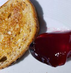 Gelée de merises sauvages - Recette du Québec Croissants, French Toast, Breakfast, Food, Juice Cup, Savages, Morning Coffee, Crescents, Essen