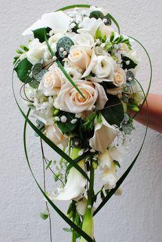 Silk Wedding Bouquets, Bride Bouquets, Flower Bouquet Wedding, Bridesmaid Bouquet, Floral Bouquets, Church Wedding Decorations, Hand Bouquet, Cascade Bouquet, Arte Floral