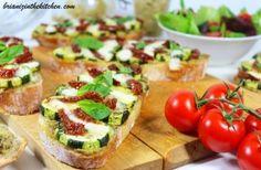 Bruschetta Caviar d'Aubergine, Légumes d'Eté et Mozzarella - Brian Iz In The Kitchen