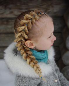 Pull through braid on the side. . . . . . #braid #braids #braided #braiding #braidideas #flette #peinado #tresse #trenza #hair #hairstyle #hairdo #hairinspo #bun #blondehair #hairoftheday #frisyre #styling #hår #hairideas #hairinspiration #cghphotofeature