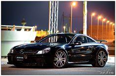 V12 Mercedes-Benz SL65 AMG Black Series. whoooo