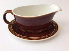 Poole Pottery Gravy Boat With Saucer Gravy Boats, Casserole Dishes, Pottery, Ceramics, Retro, Ceramica, Ceramica, Pottery Marks, One Pot Dinners
