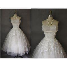 50's Wedding Dress // Vintage 1950's White Tulle Lace Strapless Wedding Dress L