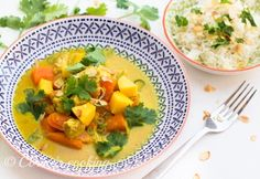 Süßkartoffelcurry Thai Red Curry, Cantaloupe, Fruit, Cooking, Ethnic Recipes, Food, Potato Curry, Coconut Curry, Food And Drinks