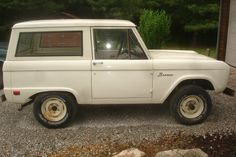 Barn Finds readers liked a recent posting of a beautiful turquoise and white 1967 Bronco, but they didn't like the price. Here's a good solid, almost rust-free 1969 Bronco that might not have the outstanding finish. Classic Bronco, Classic Ford Broncos, Classic Trucks, Redneck Trucks, Broncos Pictures, Early Bronco, International Scout, K5 Blazer, Barn Finds