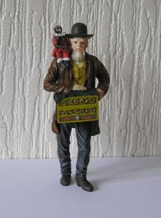 Dolls House 1 :12 scale Victorian Organ Grinder with Monkey House Figure last 1 #Unbranded