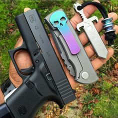 """""""All I want for Christmas is ammunition and a flash light to add to my edc…"""
