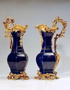 Art Nouveau Interior, Gold Powder, Bronze, Vases, Objet D'art, Art Object, Fine Porcelain, Belle Photo, Asian Art