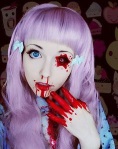 The epitome of #creepy #cute <3