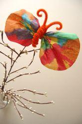 Kindergarten Spring Activities: Make Coffee Filter Butterflies Spring Art Projects, Easy Art Projects, Spring Crafts, Spring Activities, Craft Activities For Kids, Seasons Activities, Craft Ideas, Coffee Filter Art, Classroom Crafts