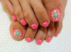 Pedicure my style pinterest pedicures pedi and mani pedi that easy toenail designs do it yourself is the hottest trend today which gives you loads of opportunities to showcase your creativity and imagination on solutioingenieria Choice Image