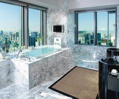 Infinity tub in the Presidential Suite Bathroom at Mandarin Oriental, Tokyo by Mandarin Oriental Hotel Group Mandarin Oriental, Most Luxurious Hotels, Best Hotels, Luxury Hotels, Luxury Travel, Hotel Suites, Hotel Spa, Hotel Amenities, Resorts