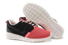 http://www.fryohobuy.com/homme-roshe-run-hyperfuse-rose-et-noir-soldes,nike-roshe-run-print-floral,chaussures-nike-roshe-run-pas-cher-34402.html - homme roshe run hyperfuse rose et noir soldes,nike roshe run print floral,chaussures nike roshe run pas cher