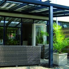 Terrasoverkapping, verandazonwering, pergolazonwering   Sunmaster