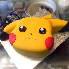 Pikachu Fondant Cookies and Cream Cake
