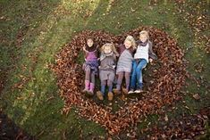 Cute Idea For Fall Picture With Kids Or Grandkids!! We Cant Wait!! - Click for More...