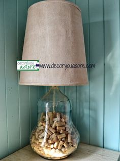 wine cork demijohn lamp. Awesome for the livingroom in the Apartment