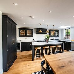 Minimalist Kitchen Dining Room Design Ideas - Page 44 of 48 - Making Your Dream Home a Reality Kitchen Diner Extension, Open Plan Kitchen Diner, Open Plan Kitchen Living Room, Home Decor Kitchen, Interior Design Kitchen, Home Kitchens, Open Kitchen, Dark Kitchens, Kitchen Room Design