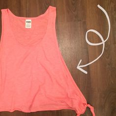 PINK Tank Comfortable! Cute! 60% cotton 40% polyester   💕Need any other information? Measurements? Materials? Feel free to ask! 💕Don't be shy, I always welcome reasonable offers! 💕Fast shipping! Same or next day! 💕Sorry, no trades!  Happy Poshing!☺️ PINK Victoria's Secret Tops Tank Tops