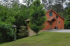 Secluded Chalet in Pigeon Forge Tn that is even pet friendly! Two Master Bedrooms/Bathrooms with convenience to the main parkway