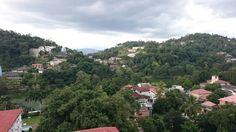 Kandy (Ausblick vom Ozo Hotel)