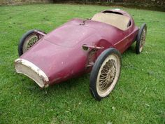 1960s Tri-ang Grand Prix Racer Pedal Car - http://www.ebay.co.uk/itm/371117925771?clk_rvr_id=678051061738