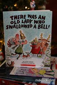 Christmas Book - There Was an Old Lady Who Swallowed a Bell