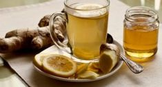 Anti-Inflammatory Ginger Root Tea: Drink this tea to ease gut inflammation and boost your liver health. Pour 1 C Boiling Water over: inch slice Ginger Root 1 Juiced Lemon Wedge 3 Mint Leaves 1 serving-Enjoy! Ginger Root Tea, Ginger Beer, Ginger Juice, Ginger Drink, Ginger Water Benefits, Grog, Chronischer Stress, Flu Remedies, Natural Remedies