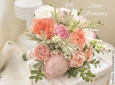 Купить или заказать Букет невесты из пионов, роз и протеи. в интернет-магазине на Ярмарке Мастеров. Букет невесты с пионами, розами, ягодами, протеей и большим количеством зелени.Букет изготовлен в смешанной технике из пластичной замши и полимерной глины. На заказ возможно изготовление букет под Ваш образ в любой цв…