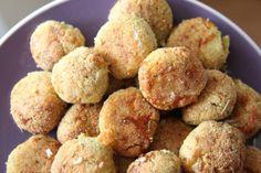 "Garlic balls! Garlic and Pesto ""Dough"" Balls (Gluten Free and Low Carb)"